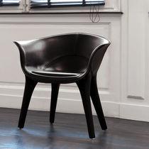 Fauteuil contemporain / en cuir / par Marc Sadler / professionnel