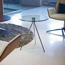 Table d'appoint / contemporaine / en acier / face en verre
