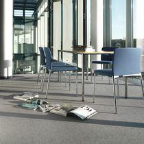 Chaise de conférence tapissée / avec accoudoirs / empilable / à dossier haut