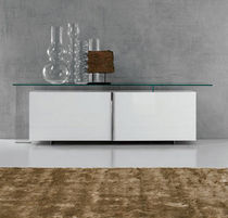 buffet contemporain laqu&eacute; AVENUE by Emanuele Zenere cattelan italia