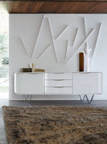 buffet contemporain laqu&eacute; CEMIA by Peter Maly Ligne Roset France