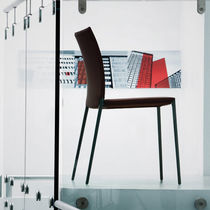 chaise contemporaine empilable TALIA 2080 by Roberto Barbieri Zanotta