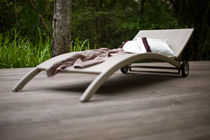 chaise longue de jardin contemporaine à roulettes (recyclable)  Outdoor Comforts