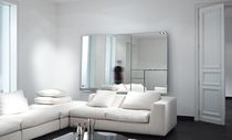 miroir mural contemporain DIVINA by Annemie Vanzieleghem Reflect +