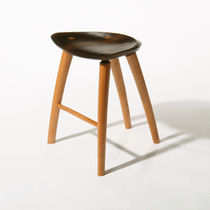 tabouret contemporain en bois  Peter Hook