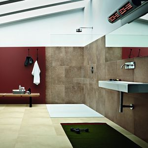 carrelage de salle de bain mural en c ramique. Black Bedroom Furniture Sets. Home Design Ideas