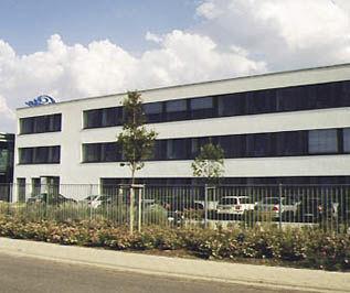bâtiment préfabriqué / en béton / à usage industriel / pour stockage