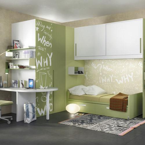 chambre d'enfant blanche / verte / en bois laqué / en aluminium laqué