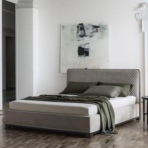 Lit double / contemporain / tapissé / avec tête de lit BALI by Bavuso Giuseppe ALIVAR