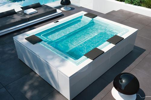 spa hors-sol / rectangulaire / 4 places / d'extérieur