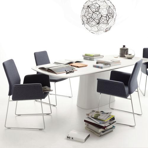 chaise de bureau contemporaine / avec accoudoirs / pivotante / réglable