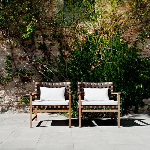 fauteuil contemporain / en teck / en polyester / en PVC