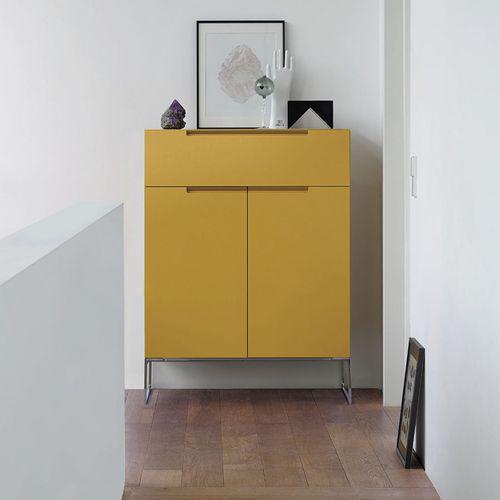 commode contemporaine / en bois laqué / en métal / jaune