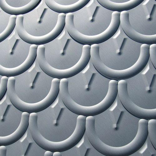 tuile romane / en zinc-titane / grise / à relief