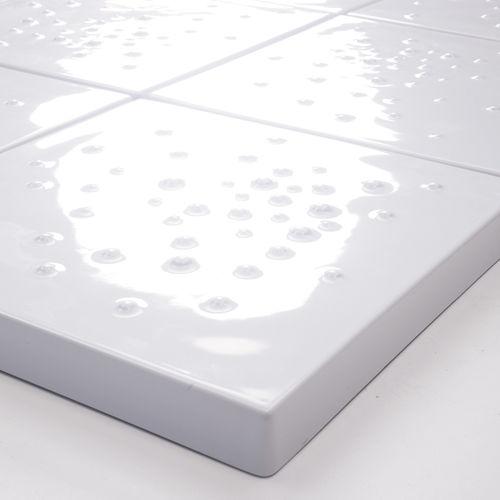 carrelage de salle de bain / au sol / en céramique / carré