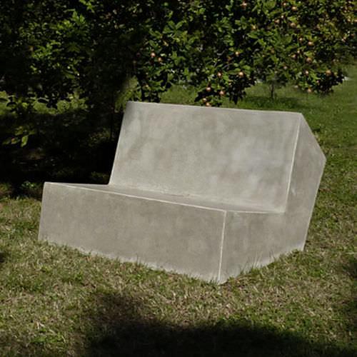 canapé contemporain / d'extérieur / en ciment / professionnel
