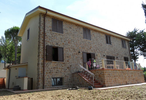 Maison modulaire / contemporaine / en béton / résistante aux tornades IBS Distribution