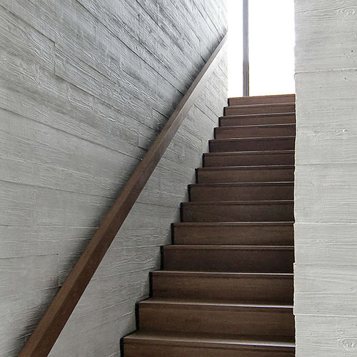 parement en béton à haute performance / intérieur / 3D / aspect bois