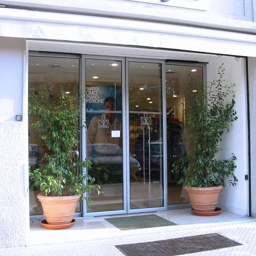 porte d'entrée / coulissante / en verre / en aluminium