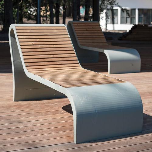 bain de soleil contemporain / en pin / en acier à revêtement par poudre / pour espace public