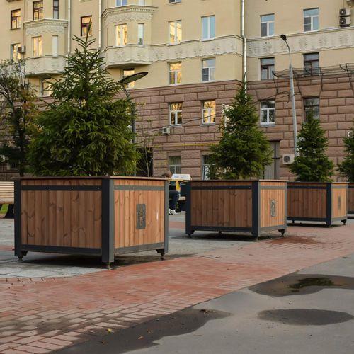 jardinière en bois / en acier à revêtement par poudre / carrée / contemporaine