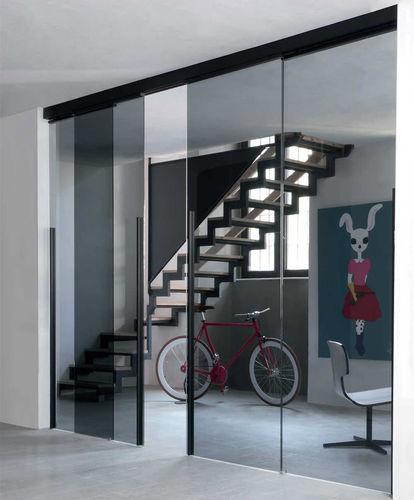 porte d'intérieur / coulissante / avec verre de sécurité / en aluminium