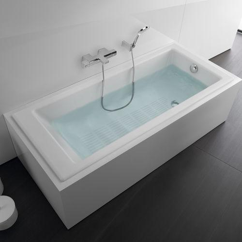 baignoire à poser / en fonte