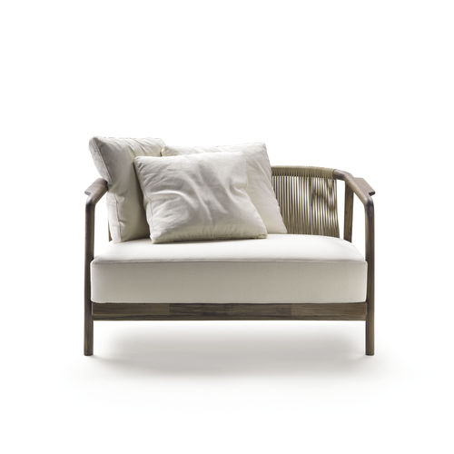 canapé contemporain / en tissu / en cuir / en bois massif