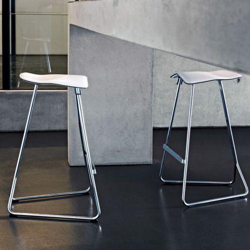 Tabouret de bar / contemporain / en acier / en cuir TRITON by Clemens Weisshaar CLASSICON