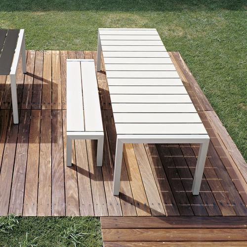 table design minimaliste / en aluminium / rectangulaire / de jardin