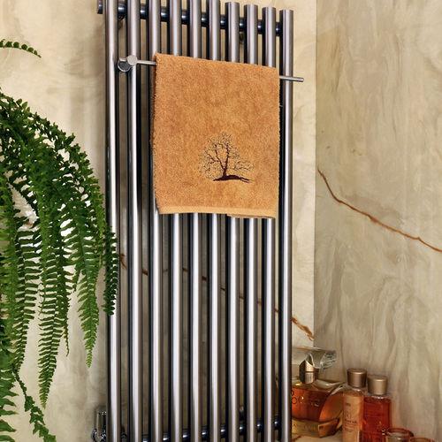 sèche-serviettes à eau chaude / en aluminium / contemporain / de salle de bain