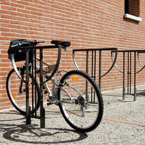 range-vélo en acier / pour espace public