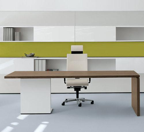 bureau de direction / en aluminium / en verre / en cuir