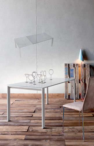 table contemporaine / en verre laqué / rectangulaire / à rallonge