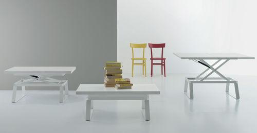 table contemporaine / en bois / rectangulaire / transformable