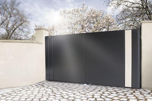 portail battant / en aluminium / à panneaux / résidentiel