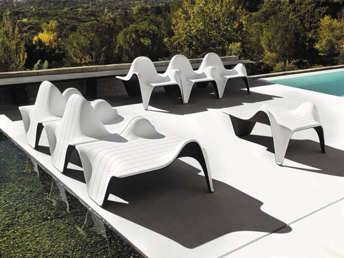Table d'appoint design original / en polyéthylène / de jardin / professionnelle F3 VONDOM