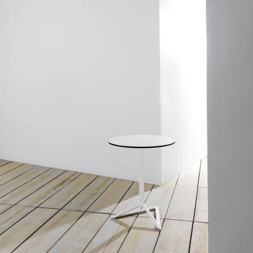 Pied de table en aluminium extrudé / en fonte d'aluminium / contemporain / pour table mange-debout DELTA by Jorge Pensi  VONDOM