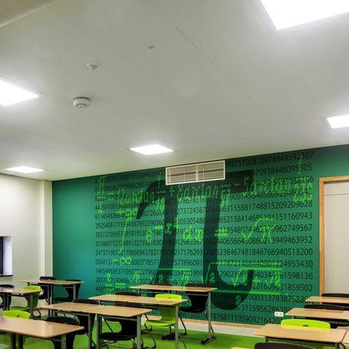 panneau acoustique pour faux-plafond / pour mur intérieur / en laine de bois / pour établissement public
