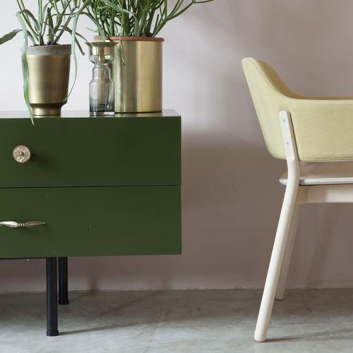 Chaise contemporaine / en bois / tapissée / avec accoudoirs GAP 494 by Producks Design Studio TEKHNE S.r.l.