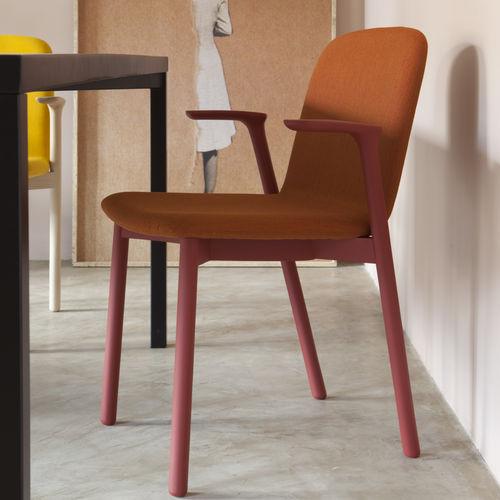 Chaise de restaurant design scandinave / en tissu / en textile résistant à l'eau / en hêtre OLIO 484 by Producks Design TEKHNE S.r.l.
