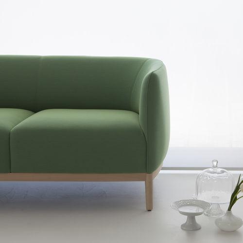 Canapé contemporain / en tissu / en cuir / en bois CAPE 802 by Daniel Debiasi & Federico Sandri TEKHNE S.r.l.