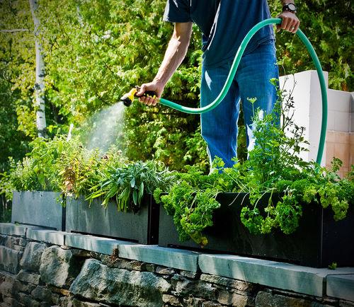 jardinière en plastique recyclé / rectangulaire / contemporaine / pour hôtel