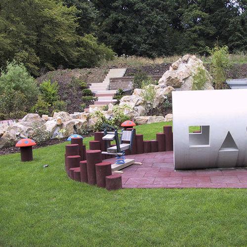 Bordure de jardin / de protection / en caoutchouc / ronde EUROFLEX® Rubber Palisades KRAIBURG Relastec GmbH & Co. KG