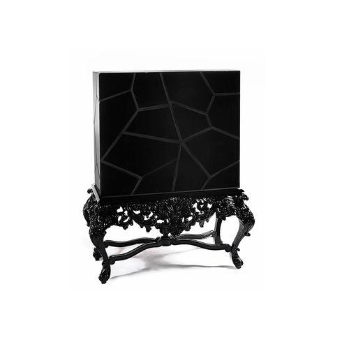 buffet sur pieds hauts / design nouveau baroque / en bois laqué / en acajou