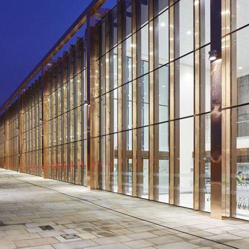 mur-rideau en panneaux / en verre / transparent