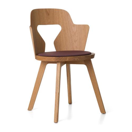 Chaise contemporaine / en chêne / par Alfredo Häberli STAMMPLATZ Quodes