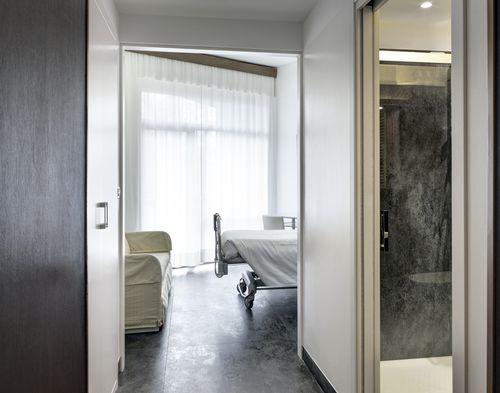 Revêtement de sol en céramique / pour hôpital / en dalle / brillant OXIDE: NERO LAMINAM