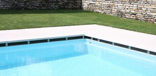 Carrelage pour plage de piscine / de sol / en pierre naturelle / à rayures lapitec