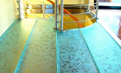 revêtement de sol en verre / professionnel / résidentiel / en dalles
